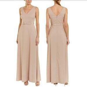 Kay Unger Elegant Beige Long Dress